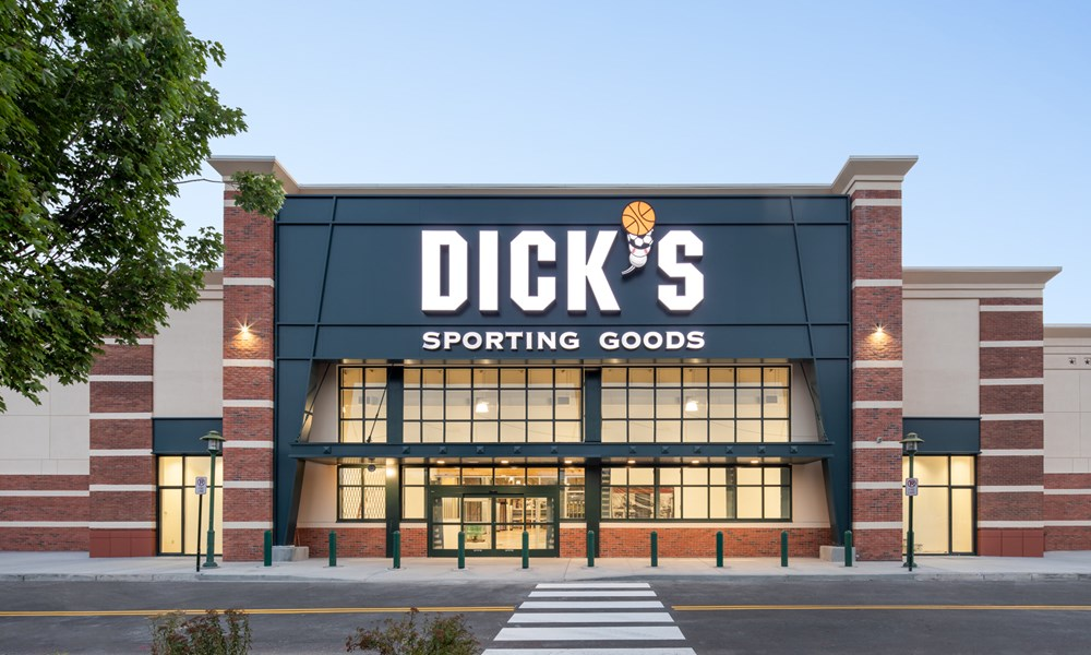 Dicks sporting goods closing tour